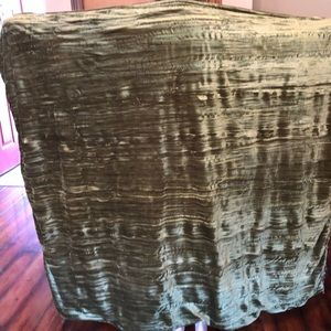 Beautiful green fringed blanket throw cover beads